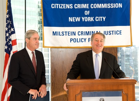 Howard Milstein introduces FBI Director Robert Mueller at the Citizens Crime Commission of New York.