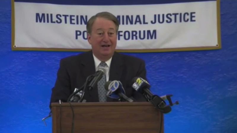 Howard Milstein introduces New York Chief Judge Jonathan Lippman at the Milstein Criminal Justice Policy Forum. Citizens Crime Commission President Richard Aborn opens the meeting.